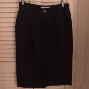 Ladies size 12 vintage linen skirt made in Italy